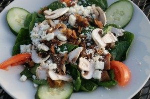Cafe-Brazil-Spinach-Salad--1024x681